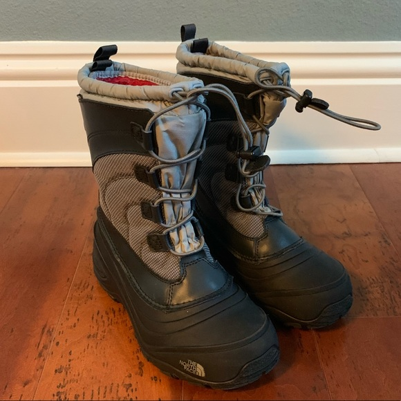 5fb3f2877 North Face Apenglow Boots